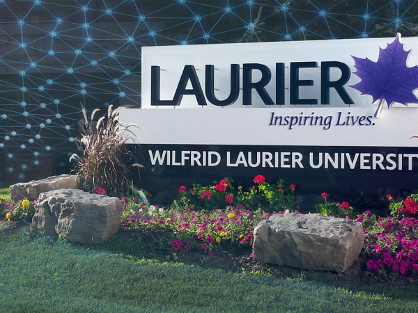 Wilfrid Laurier University enhances delegated account administration for Novell GroupWise and NetMail with ServiceControl.